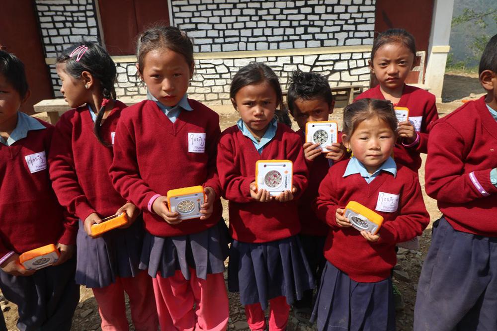 Australian students Support Sri Lankan Children with Solar Lights